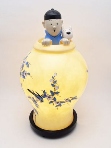 Indoor Decor - Tintin Blue Lotus Lamp SALE